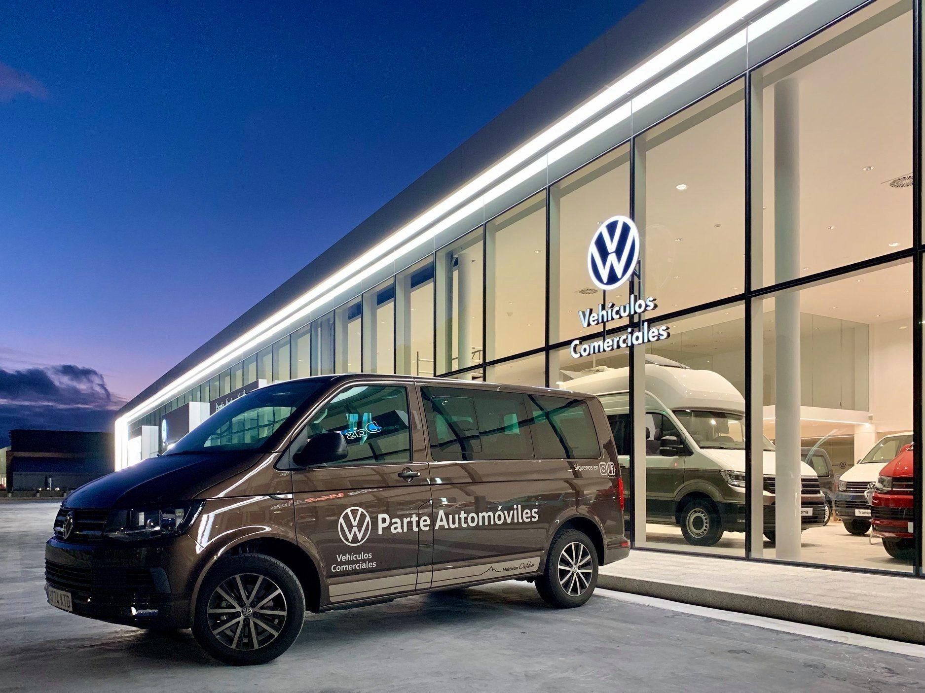 Fachada Parte Automóviles Concesionario Volkswagen en Cantabria